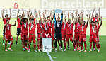 Deutscher Meister 2020, FC Bayern Muenchen, Torwart Manuel Neuer mit Meisterschale<br />Wolfsburg, 27.06.2020: nph00001: , Fussball Bundesliga, VfL Wolfsburg - FC Bayern Muenchen 0:4<br />Foto: Tim Groothuis/Witters/Pool//via nordphoto<br /> DFL REGULATIONS PROHIBIT ANY USE OF PHOTOGRAPHS AS IMAGE SEQUENCES AND OR QUASI VIDEO<br />EDITORIAL USE ONLY<br />NATIONAL AND INTERNATIONAL NEWS AGENCIES OUT