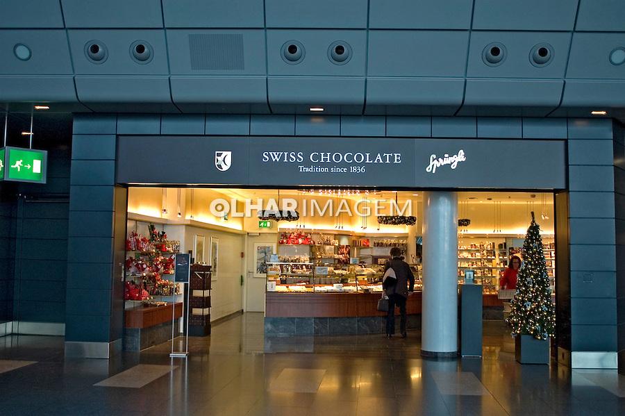 Loja de chocolates no Aeroporto de Zurich. Suiça. 2008. Foto de Cris Berger.