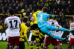 10.02.2018, Signal Iduna Park, Dortmund, GER, 1.FBL, Borussia Dortmund vs Hamburger SV, <br /> <br /> im Bild | picture shows:<br /> Christian Mathenia (Hamburger SV #31) kl&auml;rt vor Michy Batshuayi (Borussia Dortmund #44), <br /> <br /> <br /> Foto &copy; nordphoto / Rauch
