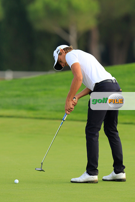 Joakim Lagergren (SWE) putts on the 14th green during Thursday's Round 1 of the 2016 Portugal Masters held at the Oceanico Victoria Golf Course, Vilamoura, Algarve, Portugal. 19th October 2016.<br /> Picture: Eoin Clarke | Golffile<br /> <br /> <br /> All photos usage must carry mandatory copyright credit (&copy; Golffile | Eoin Clarke)