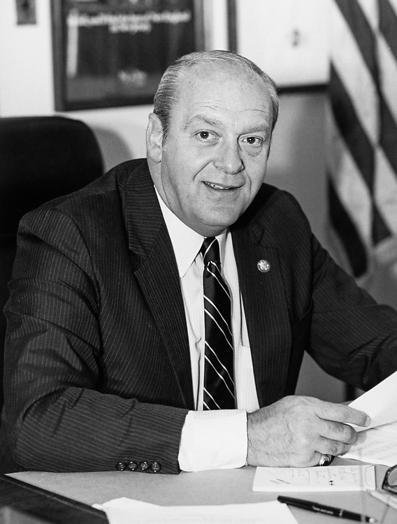 Rep. Dean Gallo, R-N.J. in 1989. (Photo by/CQ Roll Call)