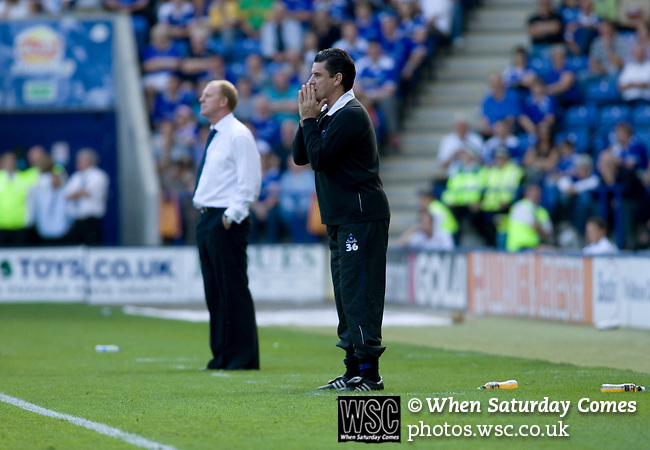 Leicester City 1 Queens Park Rangers 1, 15/09/2007. Walkers Stadium, Championship. Leicester City (blue) taking on Queen's Park Rangers in a Coca-Cola Championship match at the Walkers Stadium, Leicester. It was Gary Megson's first game in charge of the home team since his appointment two days earlier. The match ended one-all, QPR equalising in the last minute through Mikele Leigertwood after the Foxes had score through an Iain Hume penalty. Photo shows Gary Megson (white shirt) and his counterpart John Gregory on the touchline. Photo by Colin McPherson.