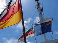 Flaggen auf der Dünenfähre, Insel Helgoland, Schleswig-Holstein, Deutschland, Europa<br /> Flags, ferry to dune, Helgoland island, district Pinneberg, Schleswig-Holstein, Germany, Europe