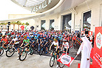 The start of Stage 2 of the 2019 UAE Tour, running 184km form Yas Island Yas Mall to Abu Dhabi Breakwater Big Flag, Abu Dhabi, United Arab Emirates. 25th February 2019.<br /> Picture: LaPresse/Massimo Paolone | Cyclefile<br /> <br /> <br /> All photos usage must carry mandatory copyright credit (© Cyclefile | LaPresse/Massimo Paolone)