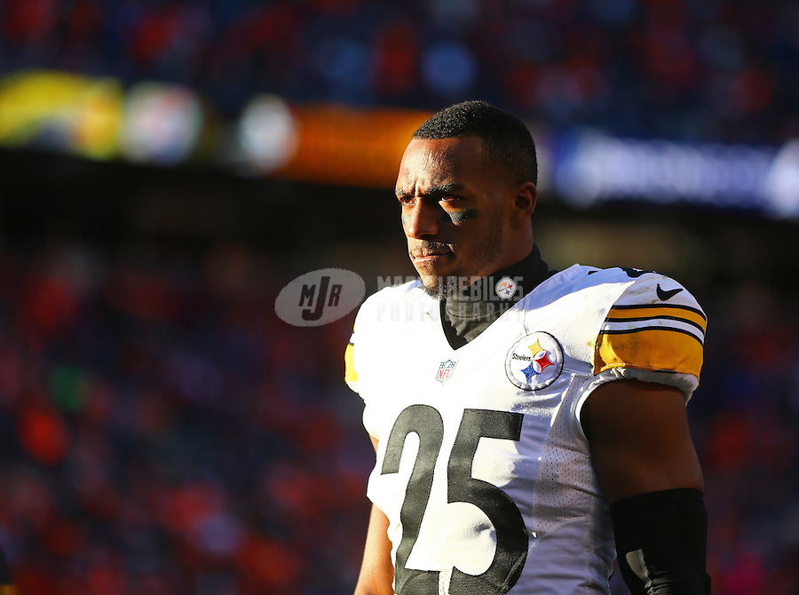 Jan 17, 2016; Denver, CO, USA; Pittsburgh Steelers defensive back Brandon Boykin (25) against the Denver Broncos during the AFC Divisional round playoff game at Sports Authority Field at Mile High. Mandatory Credit: Mark J. Rebilas-USA TODAY Sports