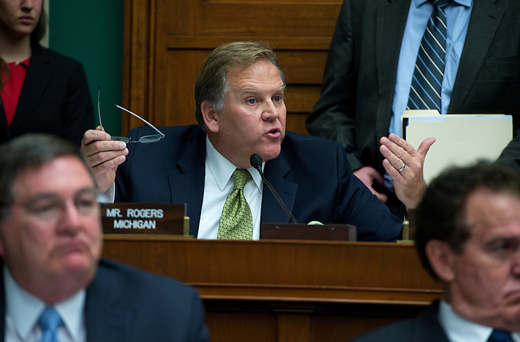 UNITED STATES - OCTOBER 30: Rep. Mike Rogers, R-Mich., questions HHS Secretary Kathleen Sebelius during her testimony before a House Energy and Commerce Committee hearing in Rayburn Building on the failures of Affordable Care Act's enrollment website. (Photo By Tom Williams/CQ Roll Call)