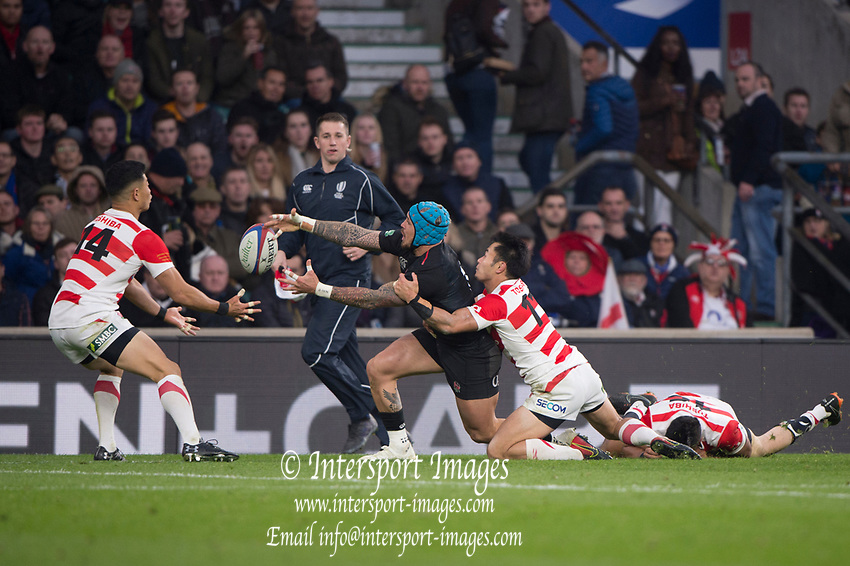 Twickenham, United Kingdom, Saturday, 17th  November 2018, RFU, Rugby, Stadium, England,  Jack NOWELLS, stretches for the loose ball, during the Quilter Autumn International, England vs Japan, © Peter Spurrier