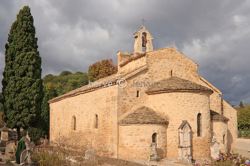 France, Vaucluse (84), Rochegude, chapelle Saint-Denis datée du XIème siècle // France, Vaucluse, Rochegude, Chapel St Denis dated the XIth century