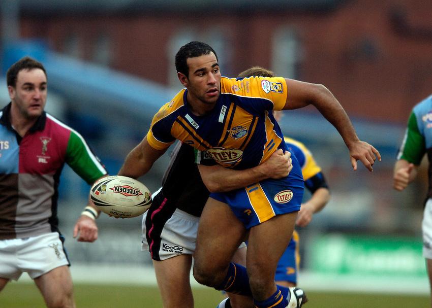 Photo: Jed Wee..Leeds Rhinos v Harlequins Rugby League. Pre Season Friendly. 29/01/2006. ..Chev Walker.