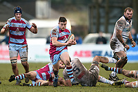 Tom Burns of Rotherham Titans goes on the attack. Greene King IPA Championship match, between Rotherham Titans and Bedford Blues on January 17, 2018 at Clifton Lane in Rotherham, England. Photo by: Patrick Khachfe / Onside Images
