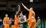 S&ouml;dert&auml;lje 2014-10-01 Basket Basketligan S&ouml;dert&auml;lje Kings - Norrk&ouml;ping Dolphins :  <br /> S&ouml;dert&auml;lje Kings Toni Bizaca i kamp om bollen med Norrk&ouml;ping Dolphins Joakim Kjellbom och Dominique Morrison <br /> (Foto: Kenta J&ouml;nsson) Nyckelord:  S&ouml;dert&auml;lje Kings SBBK T&auml;ljehallen Norrk&ouml;ping Dolphins