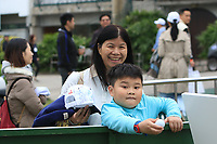 A fan waits for an autograph during Round 3 of the UBS Hong Kong Open, at Hong Kong golf club, Fanling, Hong Kong. 25/11/2017<br /> Picture: Golffile | Thos Caffrey<br /> <br /> <br /> All photo usage must carry mandatory copyright credit     (© Golffile | Thos Caffrey)