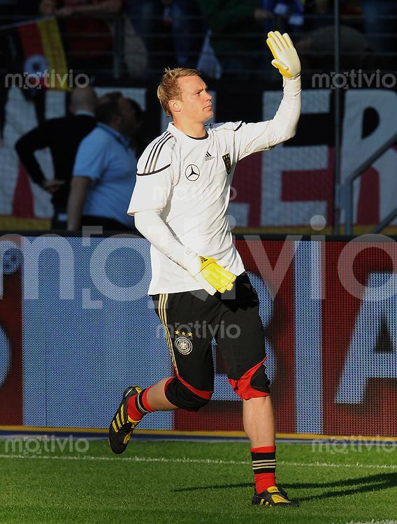 Fussball International:  Testspiel       Deutschland - Bosnien Herzegowina          03.06.2010 Manuel NEUER (Deutschland) beim Aufwaermen