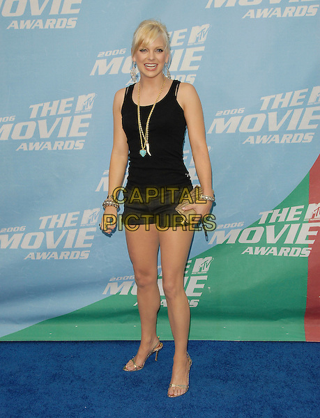 ANNA FARIS.The 2006 MTV Movie Awards - Arrivals, held at The Sony Picture Studios in Culver City, Los Angeles, California, USA, June 3rd 2006..full length black shorts vest top gold shoes clutch bag necklaces faris.Ref: DVS.www.capitalpictures.com.sales@capitalpictures.com.©Debbie VanStory/Capital Pictures