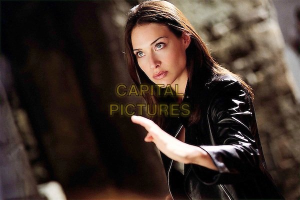 CLAIRE FORLANI.JACKIE CHAN.in The Medallion.Filmstill - Editorial Use Only.Ref: FB.sales@capitalpictures.com.www.capitalpictures.com.Supplied by Capital Pictures.