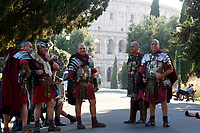 1st and 2nd century BC legionaries of the most famous Roman reenactment group, the Gruppo Storico Romano, pose in front of Coliseum during the event 'Piazza Italia' at Colle Oppio Park. Rome (Italy), July 21st 2020<br /> Foto Samantha Zucchi Insidefoto
