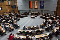 """Plenarsitzung des Berliner Abgeordnetenhaus am Donnerstag den 23. Mai 2019.<br /> Im Bild: Hilderard Bentele, CDU, spricht in der Aktuellen Stunde zum Tagesordnungspunkt """"70 Jahre Grundgesetz und ein starkes Europa: gut fuer Berlin"""".<br /> Bentele ist Bildungspolitische Sprecherin im Abgeordnetenhaus von Berlin und Spitzenkandidatin der Berliner CDU fuer die Europawahl 2019.<br /> 23.5.2019, Berlin<br /> Copyright: Christian-Ditsch.de<br /> [Inhaltsveraendernde Manipulation des Fotos nur nach ausdruecklicher Genehmigung des Fotografen. Vereinbarungen ueber Abtretung von Persoenlichkeitsrechten/Model Release der abgebildeten Person/Personen liegen nicht vor. NO MODEL RELEASE! Nur fuer Redaktionelle Zwecke. Don't publish without copyright Christian-Ditsch.de, Veroeffentlichung nur mit Fotografennennung, sowie gegen Honorar, MwSt. und Beleg. Konto: I N G - D i B a, IBAN DE58500105175400192269, BIC INGDDEFFXXX, Kontakt: post@christian-ditsch.de<br /> Bei der Bearbeitung der Dateiinformationen darf die Urheberkennzeichnung in den EXIF- und  IPTC-Daten nicht entfernt werden, diese sind in digitalen Medien nach §95c UrhG rechtlich geschuetzt. Der Urhebervermerk wird gemaess §13 UrhG verlangt.]"""