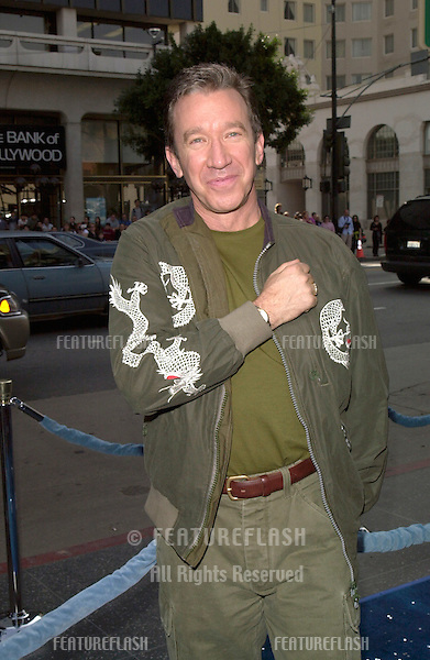 """19DEC99: """"Home Improvement"""" star TIM ALLEN at the Los Angeles premiere of his new movie """"Galaxy Quest"""" in which he stars with Sigourney Weaver & Alan Rickman.            (for information see: http://www.galaxyquest.com).© Paul Smith / Featureflash"""