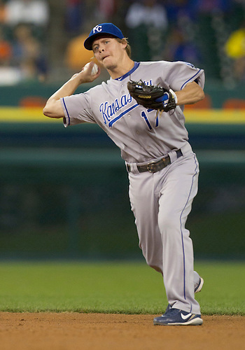 August 29, 2011:  Kansas City Royals second baseman Chris Getz (#17) throws the ball to first base during MLB game action between the Kansas City Royals and the Detroit Tigers at Comerica Park in Detroit, Michigan.  The Royals defeated the Tigers 9-5.