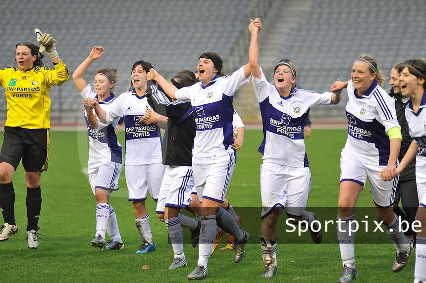 RSC Anderlecht Dames - Standard Femina de Liege : vreugde bij Anderlecht na de zege tegen Standard.foto JOKE VUYLSTEKE / Vrouwenteam.be