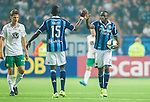 Stockholm 2015-08-24 Fotboll Allsvenskan Djurg&aring;rdens IF - Hammarby IF :  <br /> Djurg&aring;rdens Nyasha Mushekwi g&ouml;r high five med Omar Colley efter sitt 2-2 m&aring;l under matchen mellan Djurg&aring;rdens IF och Hammarby IF <br /> (Foto: Kenta J&ouml;nsson) Nyckelord:  Fotboll Allsvenskan Djurg&aring;rden DIF Tele2 Arena Hammarby HIF Bajen jubel gl&auml;dje lycka glad happy