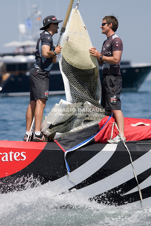 Emirates Team New Zealand -  - LOUIS VUITTON CUP - ROUND ROBIN 1 - DAY 1,2,3,4,6,8 - Races cancelled - 2007 abr 16