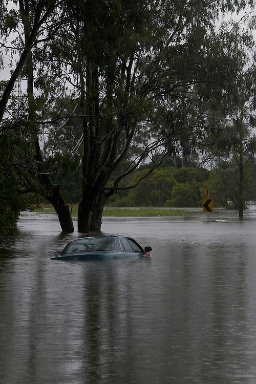 Bulimba Creek, Preston Road, Carindale, Brisbane, Queensland, Australia, Wednesday, January 25, 2012. (Photo by John Pryke)
