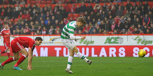 May 12th 2017, Pittodrie, Aberdeen, Scotland; SPL Premier league football Aberdeen versus Celtic;  Celtic's Stuart Armstrong makes it 0-2 with a string sidefooted shot