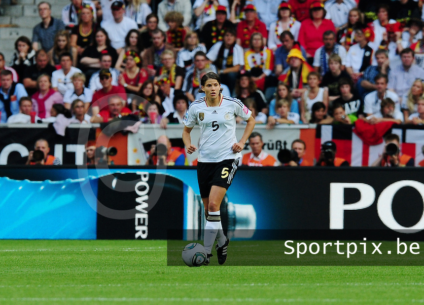 Fifa Women's World Cup Germany 2011 : France - Germany ( Frankrijk - Duitsland ) at Munchengladbach World Cup stadium : Annike KRAHN.foto DAVID CATRY / Vrouwenteam.be