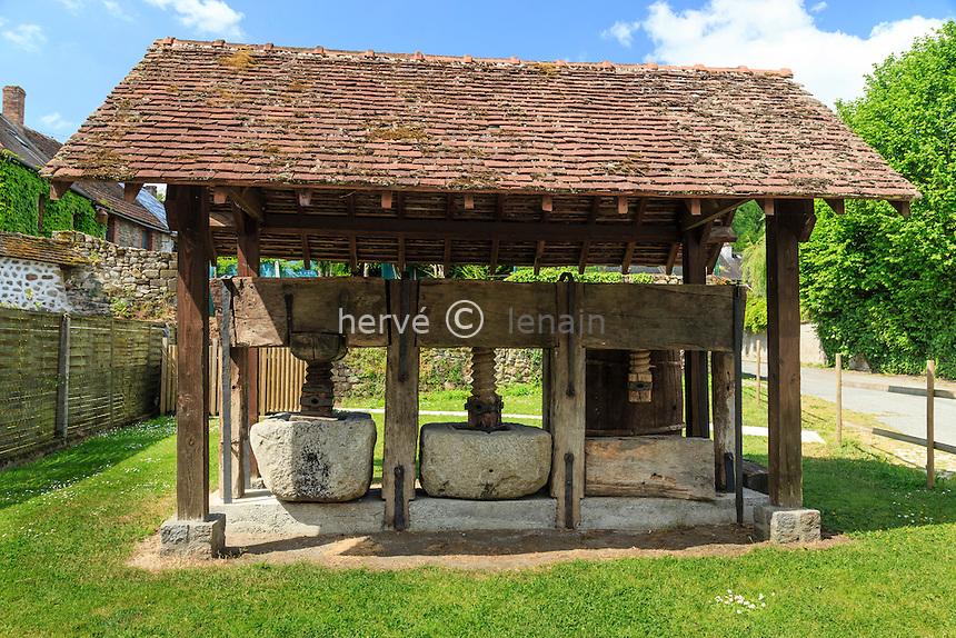 France, Creuse (23), Moutier-d'Ahun, le pressoir à huile // France, Creuse, Moutier-d'Ahun,