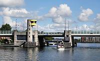 Nederland - Zaandam - 2020.  Dr. J. M. Den Uylbrug .  Foto : ANP/ Hollandse Hoogte / Berlinda van Dam