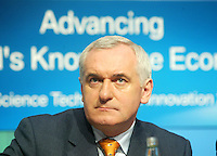 .18/06/2006 .An Taoiseach Bertie Ahern TD,at the launch of the Government's new strategy for Science Technology and Innovation 2013 at Government Buildings, Dublin..Photo: Collins
