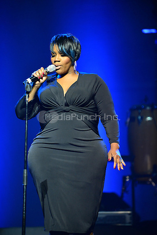 MIAMI, FL - MAY 08: Kelly Price performs onstage at the 3rd Annual Mother's Day Experience at James L Knight Center on May 8, 2016 in Miami, Florida. Credit: MPI10 / MediaPunch