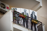 Balcony of Borsellino's Family: Paolo Borsellino, Agostino Catalano, Emanuela Loi, Vincenzo Li Muli, Walter Eddie Cosina and Claudio Traina, finally arrived at home...<br />