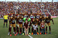 IBAGUÉ-COLOMBIA, 5-DICIEMBRE-2015. Formación del Deportes Tolima  contra el    Once Caldas durante el encuentro  por los cuartos de final vuelta  de la Liga Aguila II 2015 jugado en el estadio Manuel Murillo Toro  de la ciudad de Ibagué./ Team of Deportes Tolima   against  of Once Caldas  during  match between Deportes Tolima  vs Once Caldas the quarterfinals of the Liga Aguila  2015  played in the Manuel Murillo Toro stadium in Ibague. Photo: VizzorImage / Felipe Caicedo / Staff