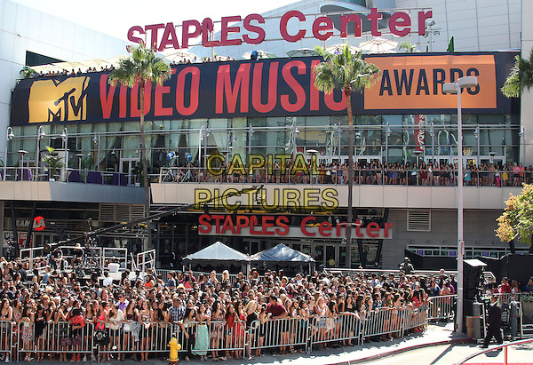 Staples Center.2012 MTV Video Music Awards held at Staples Center, Los Angeles, California, USA 6th September 2012..vmas vma gv general view exterior outside crowd  fans g.v. .CAP/ADM/RE.©Russ Elliot/AdMedia/Capital Pictures.