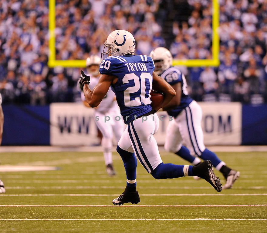 JUSTIN TYRON, of the Indianapolis Colts in action durIng the Colts game against the New York Jets at Luca Oil Stadium in Indianapolis, Indiana on January 9, 2011...Jets beat the Colts 17-16
