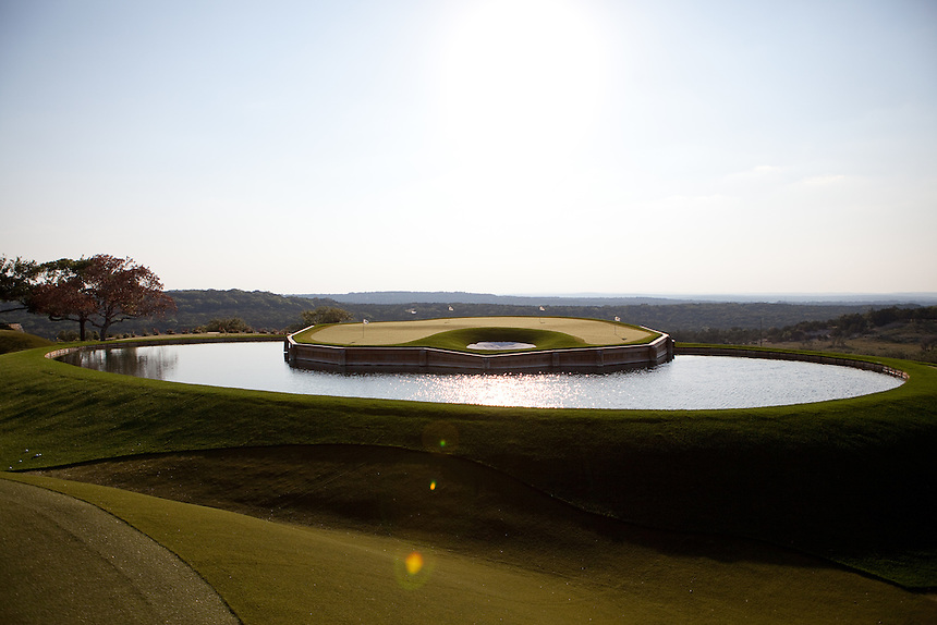 Dave Pelz's short-game golf practice facility at his home near Austin, Texas is made of synthetic grass and includes replicas of famous greens, such as #17 at TPC Sawgrass. May 22, 2012.  Lance Rosenfield / Prime for The Wall Street Journal. GOLF-Pelz