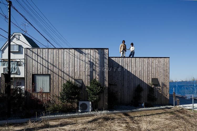 Chiba, Karayamashi, November 23 2013 - Boundary house by Atelier Tekuto.