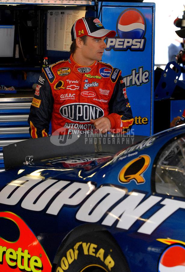Oct 1, 2006; Kansas City, KS, USA; Nascar Nextel Cup driver Jeff Gordon (24) during the Banquet 400 at Kansas Speedway. Mandatory Credit: Mark J. Rebilas