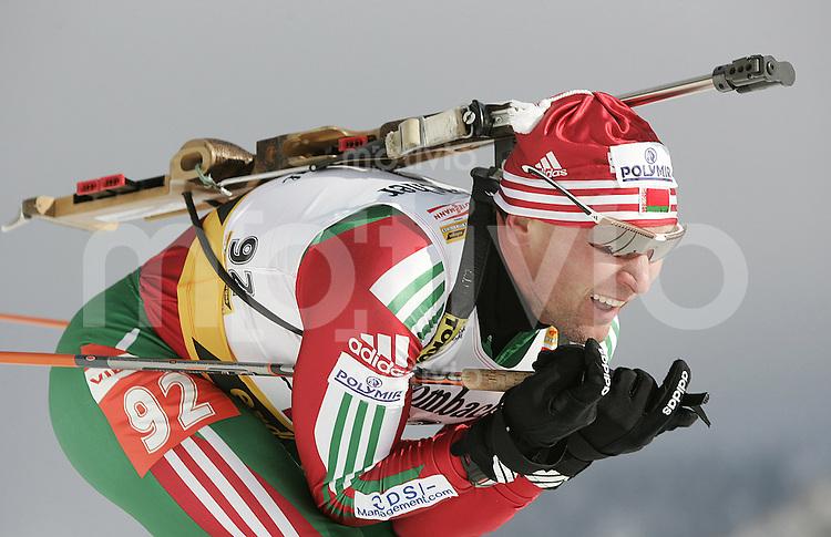 Biathlon Weltcup 2005/2006 Hochfilzen Sprint Herren Oleg Ryzhenkov (BLR) in der Abfahrt