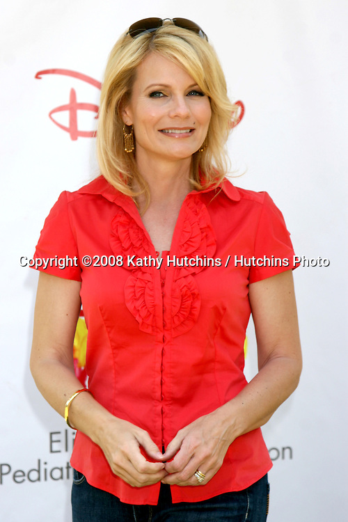 "Jan Carl arriving at the ""A Time for Heroes"" Pediatric AIDS 2008 benefit at the Veterans Administration grounds.Westwood,  CA.June 8, 2008.©2008 Kathy Hutchins / Hutchins Photo ."