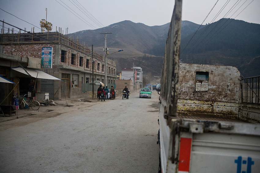 New buildings under construction in front of the tibetan monastery of Labrang (Gansu province) where some riots have erupted in march 2008. The town has been closed to foreigners until october and is under stress while trials and condamnation of november.