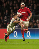 Wales' Aaron Shingler evades the tackle of Englands' Danny Care<br /> <br /> Photographer Bob Bradford/CameraSport<br /> <br /> NatWest Six Nations Championship - England v Wales - Saturday 10th February 2018 - Twickenham Stadium - London<br /> <br /> World Copyright &copy; 2018 CameraSport. All rights reserved. 43 Linden Ave. Countesthorpe. Leicester. England. LE8 5PG - Tel: +44 (0) 116 277 4147 - admin@camerasport.com - www.camerasport.com