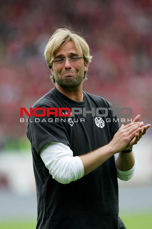 2. FBL  2007/2008  34. Spieltag R&uuml;ckrunde<br /> 1. FSV Mainz 05 vs. FC St. Pauli<br /> Ein sehr emotionaler Mainzer Trainer J&uuml;rgen Klopp<br /> <br /> <br /> <br /> Foto &copy; nph (  nordphoto  )
