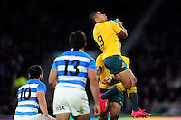 Will Genia of Australia claims the ball in the air. The Rugby Championship match between Argentina and Australia on October 8, 2016 at Twickenham Stadium in London, England. Photo by: Patrick Khachfe / Onside Images