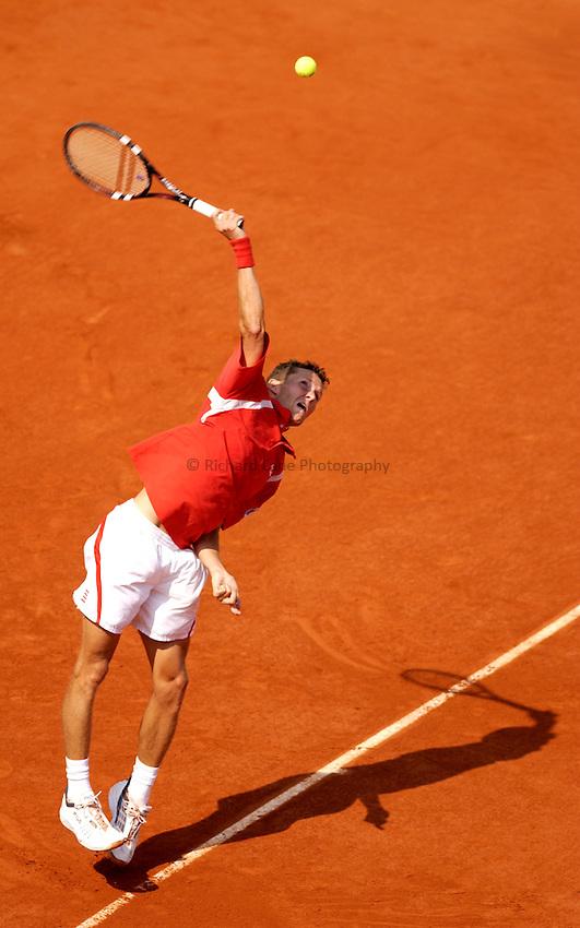 Photo. Jed Wee..French Open Tennis Championships, Roland Garros, Paris, France. 29/05/2003..Lars Burgsmuiller.