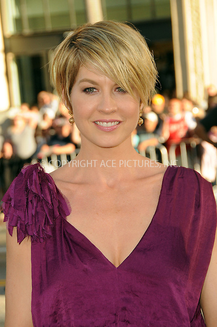 WWW.ACEPIXS.COM . . . . .  ....June 27 2011, Los Angeles....Actress Jenna Elfman arriving at the Premiere of  'Larry Crowne' at Grauman's Chinese Theatre on June 27, 2011 in Hollywood, California....Please byline: PETER WEST - ACE PICTURES.... *** ***..Ace Pictures, Inc:  ..Philip Vaughan (212) 243-8787 or (646) 679 0430..e-mail: info@acepixs.com..web: http://www.acepixs.com