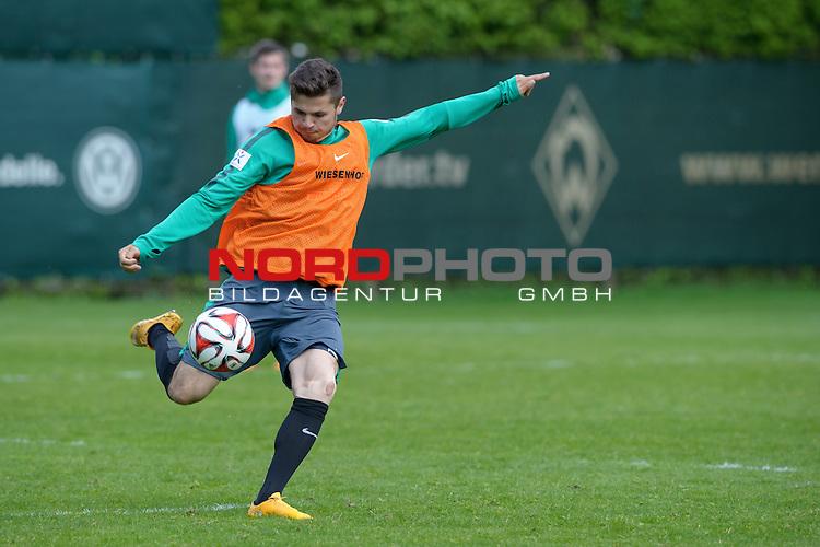 07.05.2015, Trainingsgelaende, Bremen, GER, 1.FBL, Training Werder Bremen, im Bild Marnon Busch (Bremen #38)<br /> <br /> Foto &copy; nordphoto / Frisch