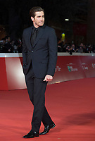 "L'attore americano Jake Gyllenhaal posa sul red carpet per la presentazione del film ""Stronger"" alla Festa del Cinema di Roma , 28 Ottobre 2017.<br /> US actor Jake Gyllenhaal poses on the red carpet to present the movie ""Stronger"" during the international Rome Film Festival at Rome's Auditorium, October 28, 2017.<br /> UPDATE IMAGES PRESS/Karen Di Paola"